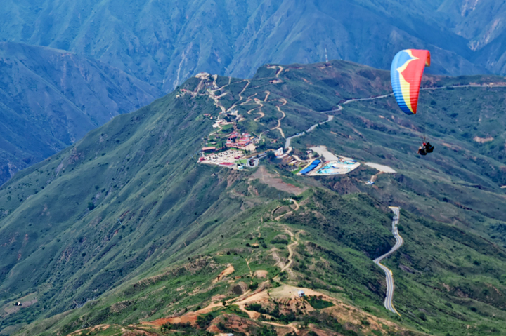PARAGLIDING - COLOMBIA, South America
