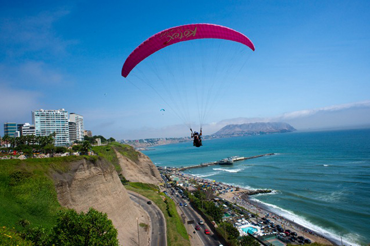 PARAGLIDING - PERU, South America