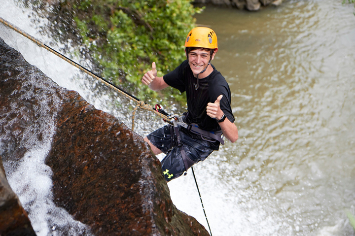 RAPPELLING, South America